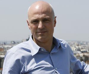 Sarkozy essuie les plâtres d'une «bavure» contre un journaliste