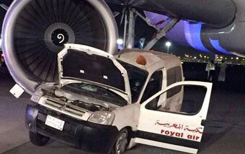 Collision entre un avion et une voiture à l'aéroport de Djeddah !