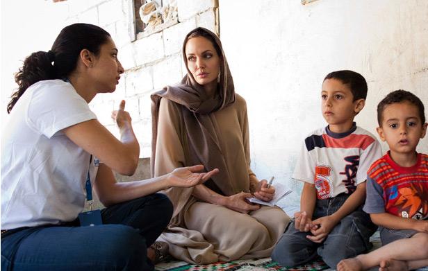 Angelina Jolie : Maman très protectrice avec ses deux enfants