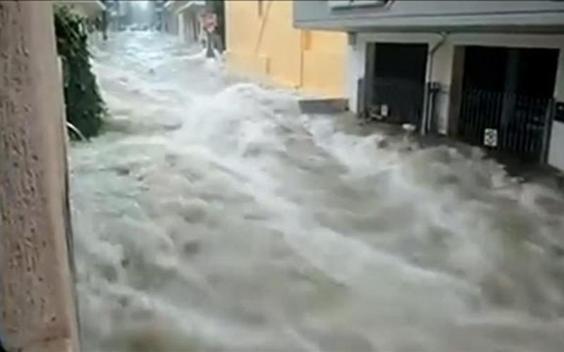 Espagne: Deux morts dans de graves inondations en Andalousie