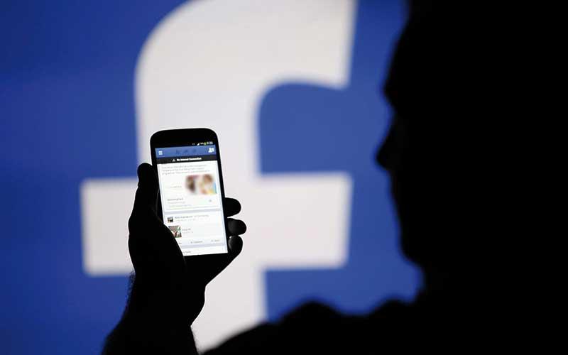 Facebook: Un milliard de personnes connectées  chaque jour