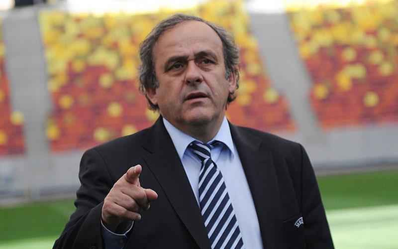 Scandale à la FIFA: Platini dans l'expectative