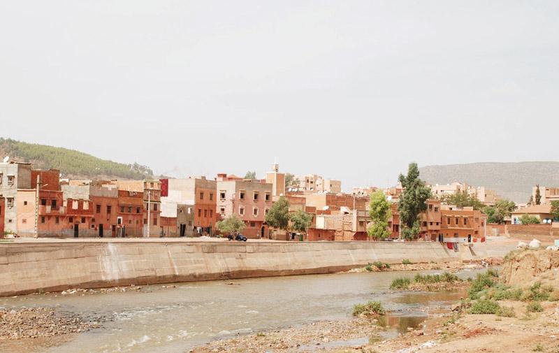 Khénifra : Deux malfrats cambriolent deux commerces à Moulay Bouâzza