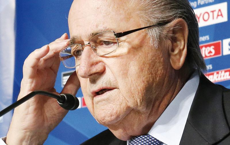 Blatter : «Je suis suspendu, mais pas muet»