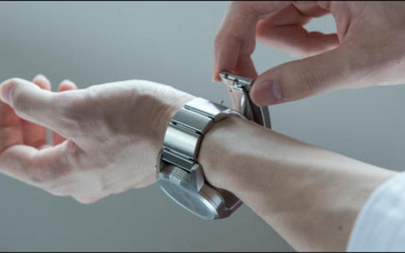 Sony veut développer une montre porte-monnaie électronique