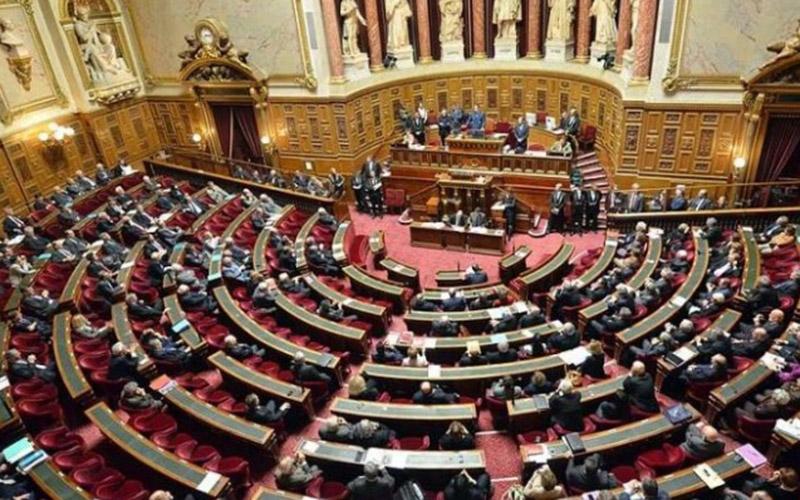 France: interdiction de sortie du territoire pour les présumés terroristes
