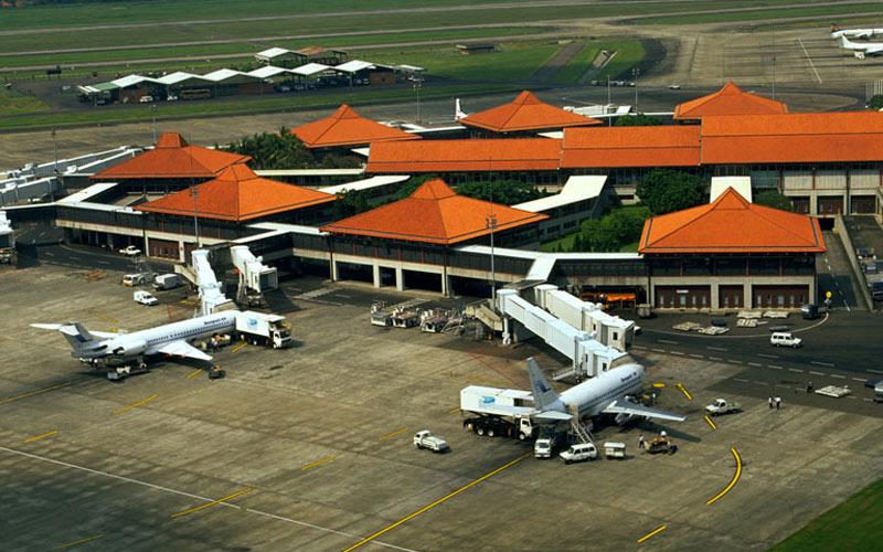 Indonésie : 61 vols sans autorisation suspendus