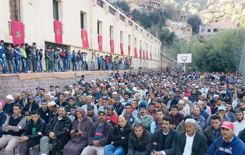 La population d'Oukaimden poursuit son sit-in: Accès aux soins, scolarisation, routes…