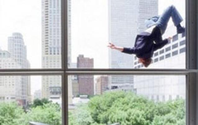 Inzegane : Un Français se suicide en se jetant de la terrasse d'un hôtel