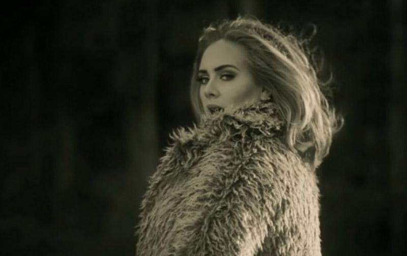 Adele : Son clip «Hello» atteint 120 millions  de vues