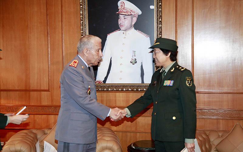 Le Général Arroub reçoit un Général de division de l'Armée de Chine