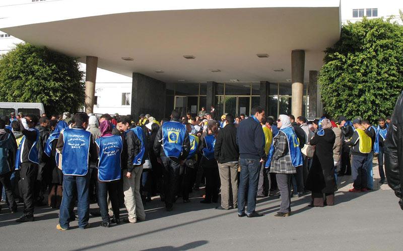 Sit-in de chômeurs à Rabat : Une avocate empêche les agents d'intervenir