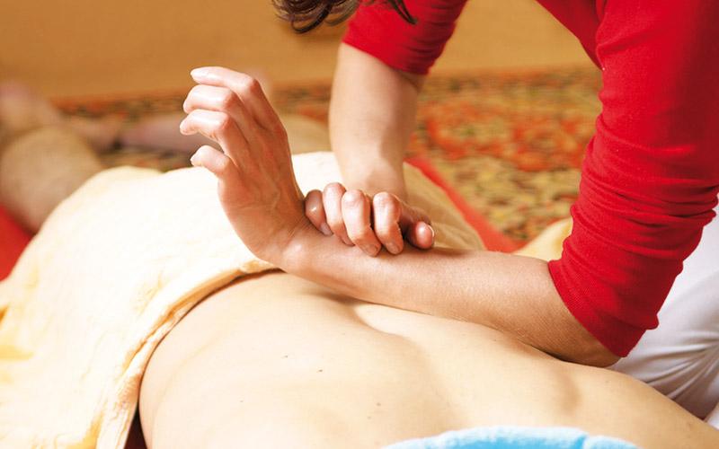 Reportage : Dans les coulisses des massages privés : Tout le monde il est heureux, tout le monde  il est content