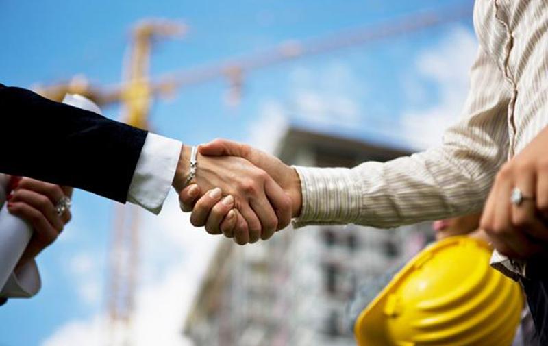 Partenariats public-privé : Débat autour des enjeux et risques