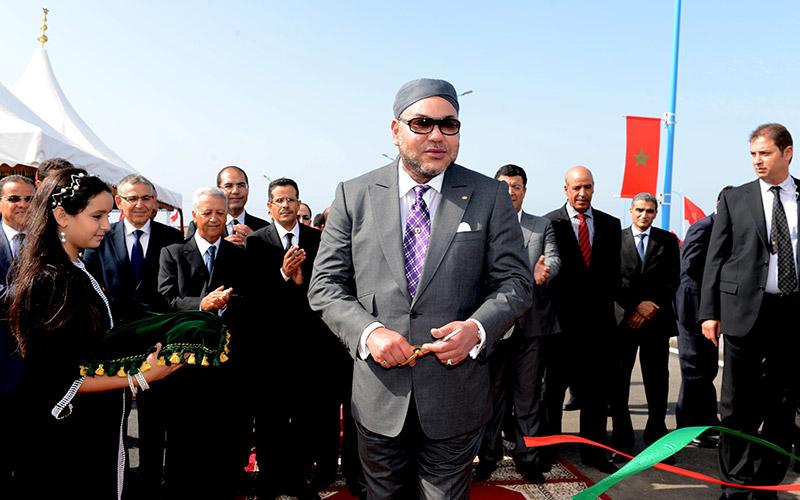 Sa Majesté inaugure un centre socio-culturel à Tit Mellil