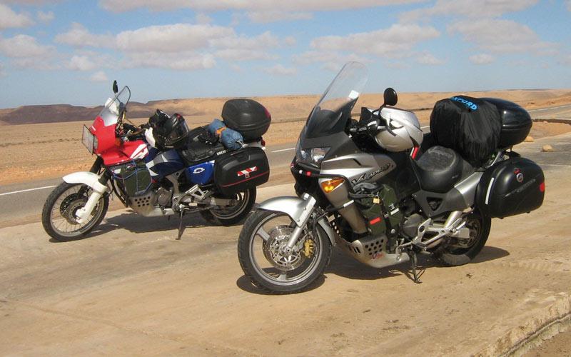 Caravane pour la Marche Verte: Le même parcours, mais en moto