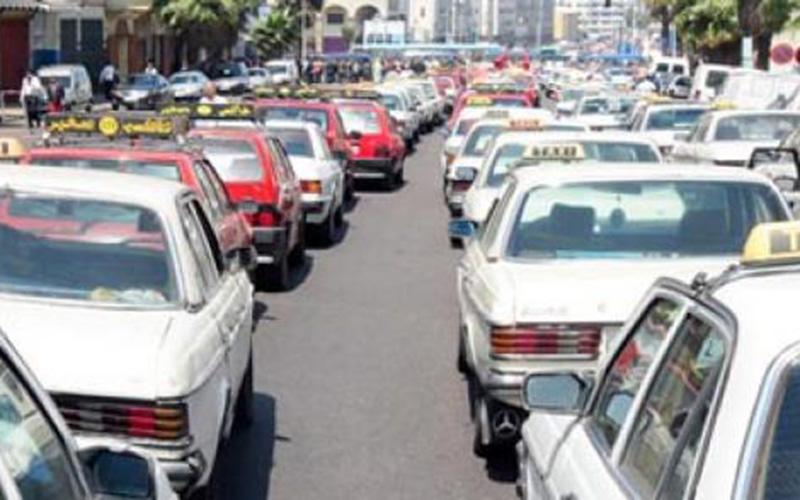 La marche de protestation des syndicats de taxis suspendue
