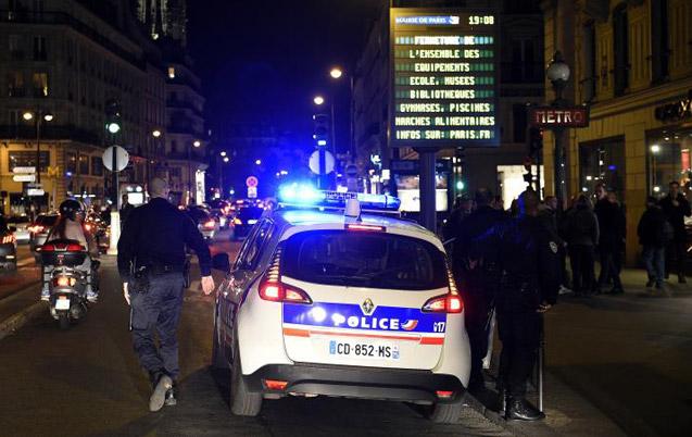 Attentats de Paris : série d'interpellations et de perquisitions dans plusieurs localités françaises