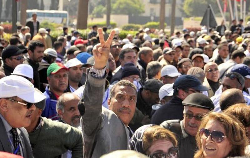 Réforme des retraites: les syndicats appellent à la grève générale