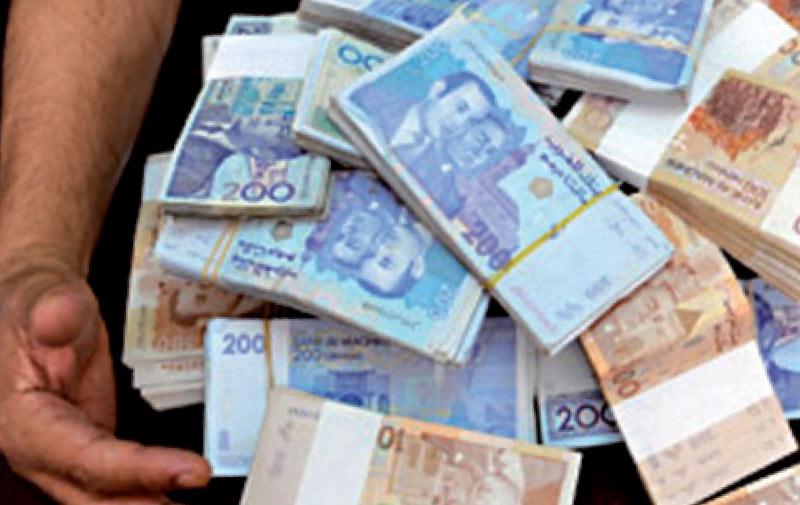Deux escrocs empochent 1.560.000 Dh contre une fausse transaction