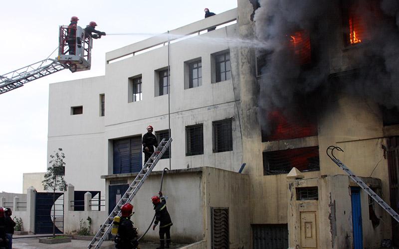Un entrepôt de marchandises prend feu à Casablanca