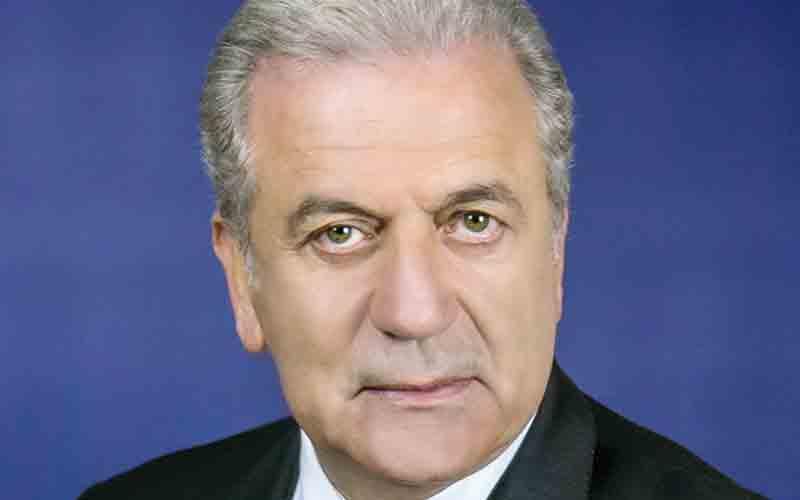 Politique d'immigration et d'asile : Avramopoulos soutient le Maroc