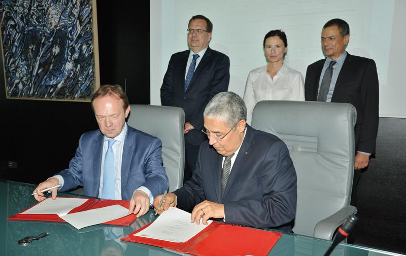 Attijariwafa bank étend ses partenariats en Europe