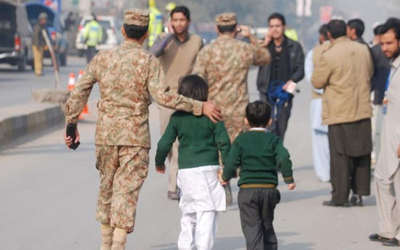 Pakistan : fin de l'attaque à Peshawar, tous les assaillants morts