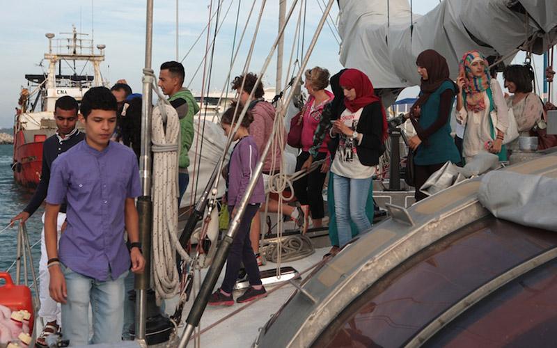 Tanger: Tara à la chasse aux déchets plastiques en Méditerranée