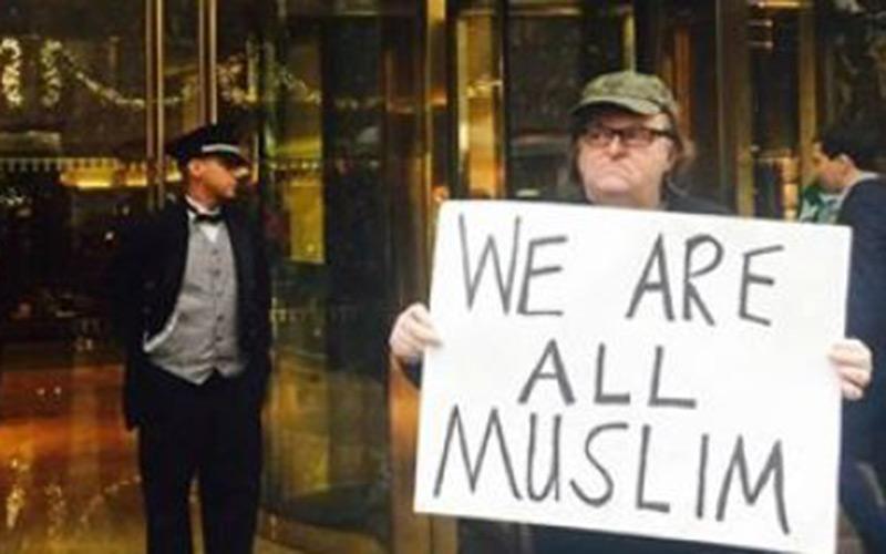 USA : Michael Moore manifeste contre Trump «Nous sommes tous musulmans»