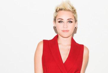 Miley Cyrus furieuse d'avoir été censurée en République Dominicaine