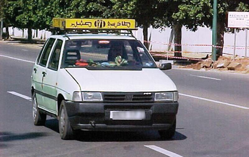 Khemisset : Démantèlement d'une bande spécialisée dans le vol de petits taxis