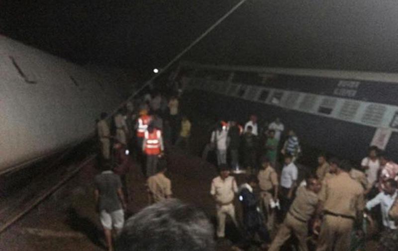 Inde : Au moins 27 morts dans le déraillement de deux trains