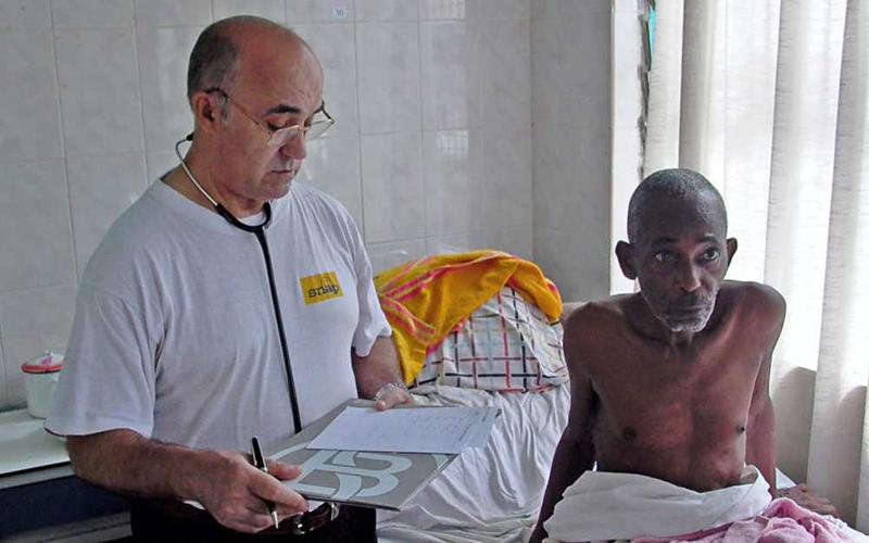 Ebola : Un médecin italien contaminé au Sierra Leone