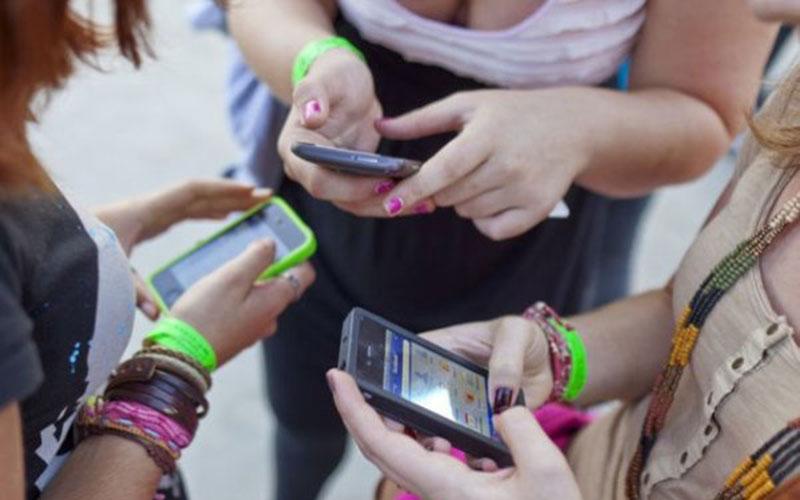 Fort ancrage des smartphones dans  les zones urbaines