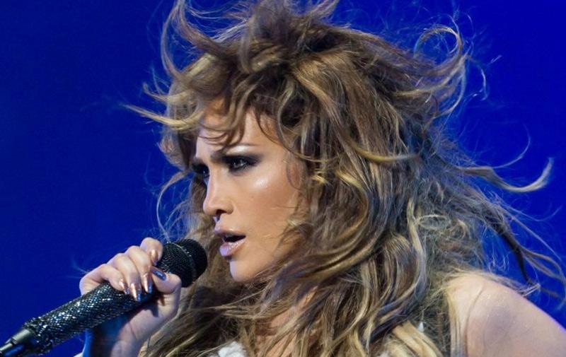 Show de Jennifer Lopez sur la télévision: «Le spectacle est inadmissible selon Khalfi»