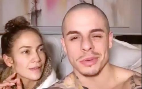 Jennifer Lopez au réveil sans maquillage