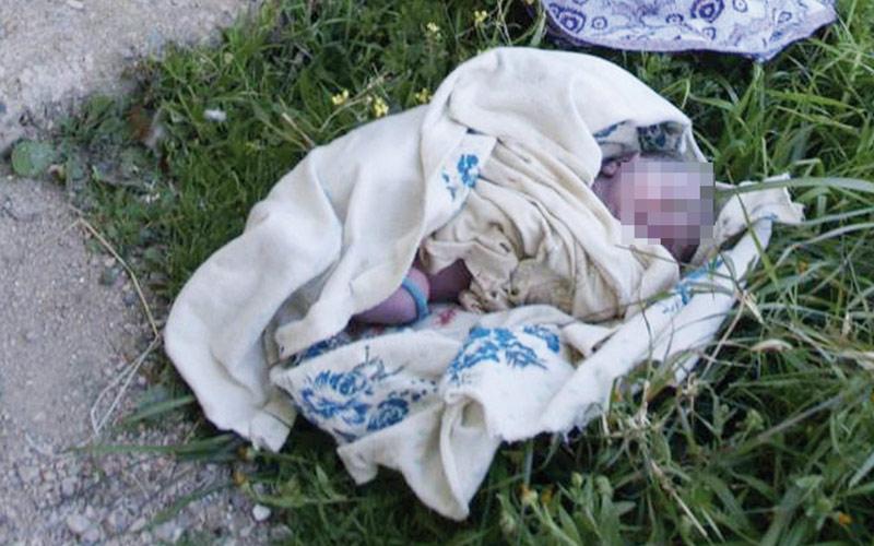 Mère célibataire, elle  tue son nouveau-né