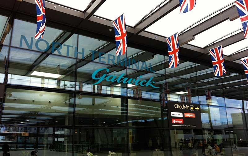 Un terminal de l'aéroport londonien de Gatwick évacué après une alerte à la bombe