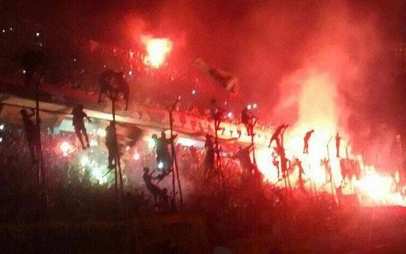 Football : deux supporteurs tués en Argentine !