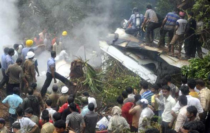 Inde: 10 morts dans le crash d'un avion