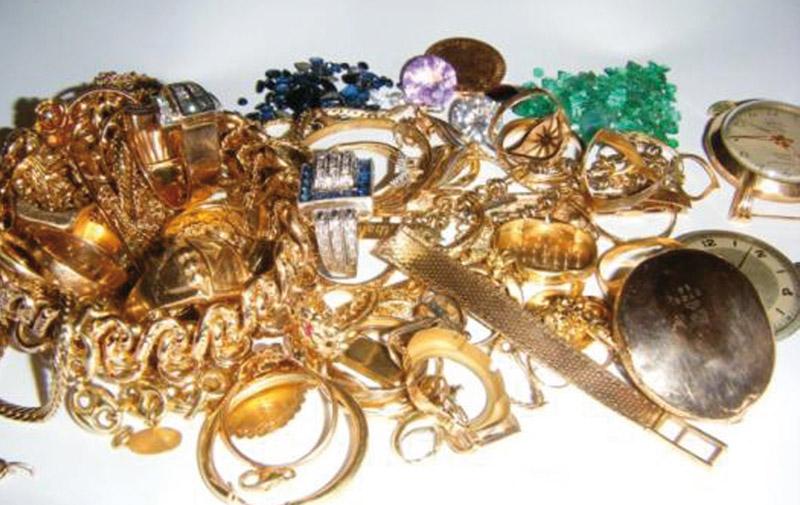 Elle vole des bijoux  d'une valeur de 165.000 DH à son employeuse