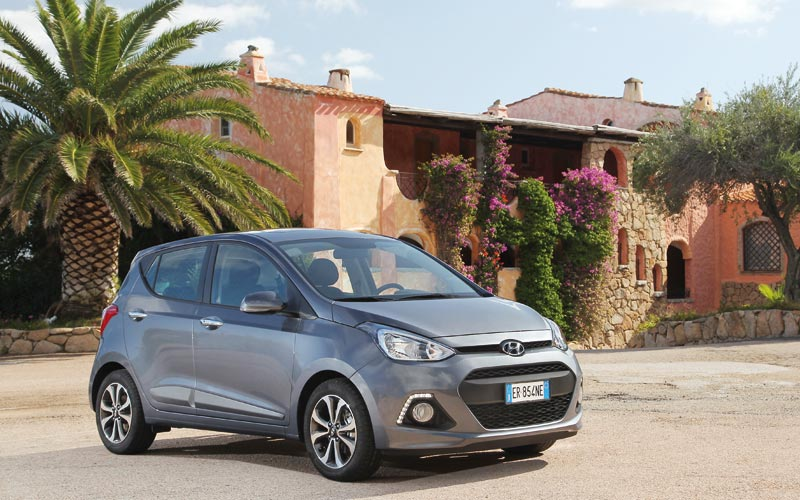 Hyundai Grand i10: Little big car !