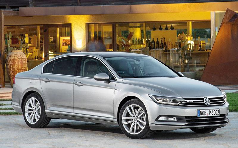 Nouvelle Volkswagen Passat : Et de huit !