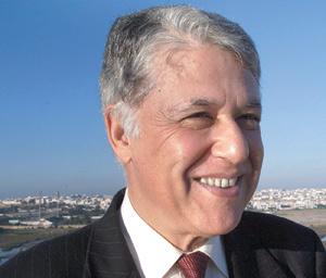 La nomination de Abbas El Fassi au poste de Premier ministre, un pas vers la normalité démocratique