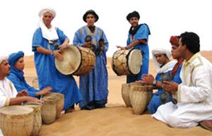 Dakhla : le Sahara fête la poésie et la chanson hassanies