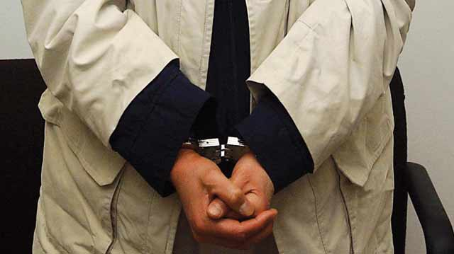 Un ex-policier, repris de justice, arrêté pour trafic de drogue