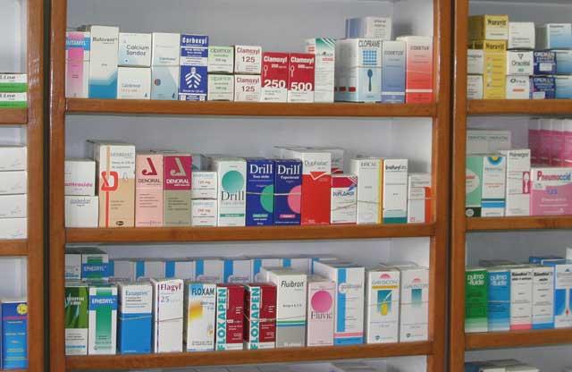 Le ministre de la santé persiste et signe: Les prix des médicaments baissent en juin