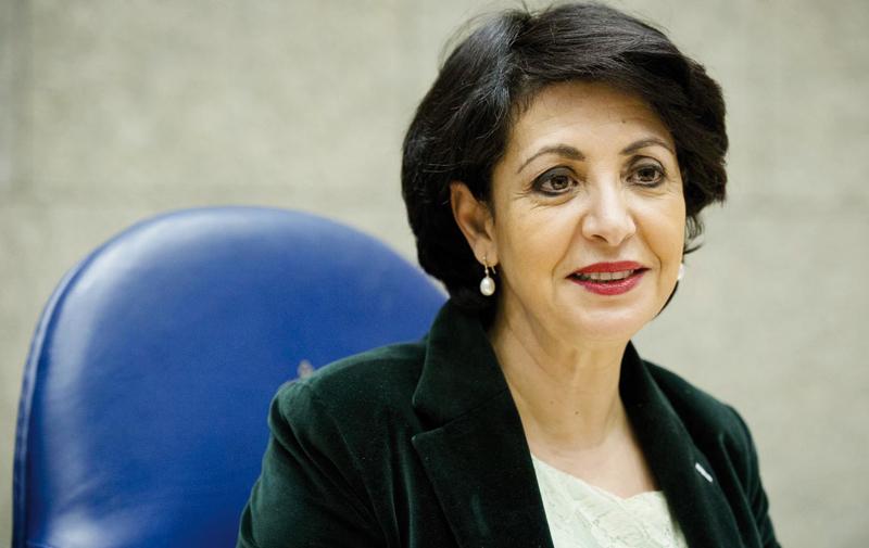 Une Marocaine présidente de la Chambre basse du Parlement néerlandais