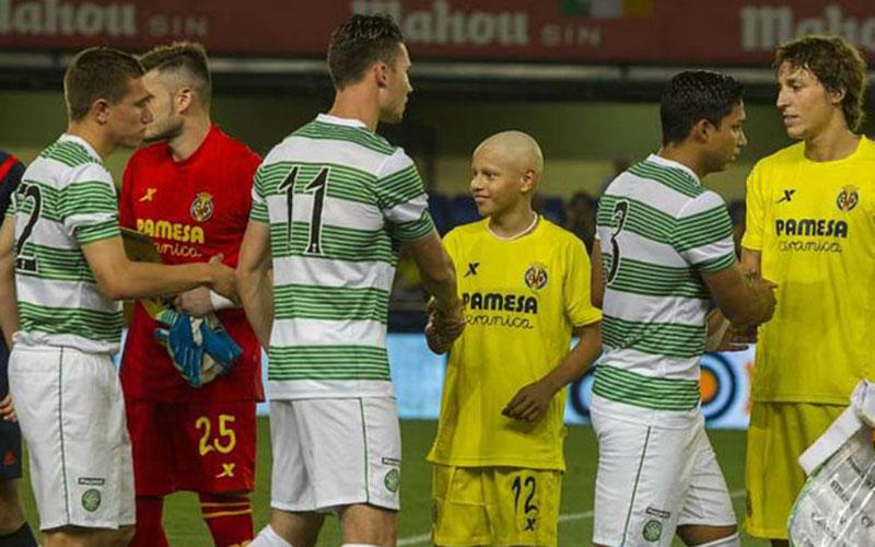 Football : Villarreal permet à un jeune de 13 ans de devenir footballeur pro (vidéo)